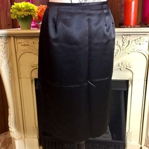 Suit Studio Black Satin Pencil Skirt